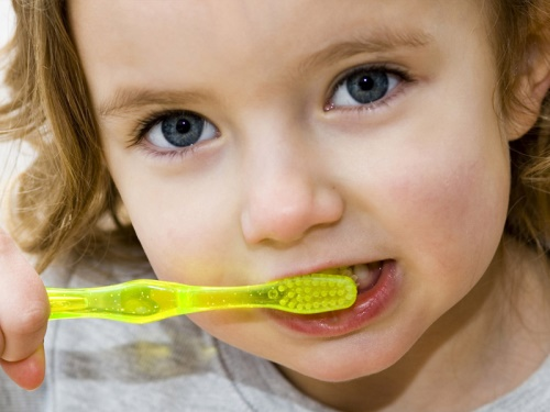 When Should Tooth Brushing Be Started?